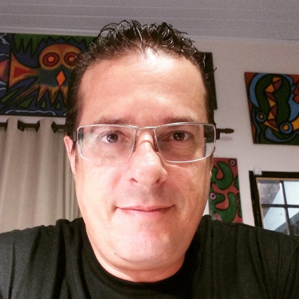 Sarau SESDUF-RR 30 anos. Poetas e seus poemas: Marcelo Perez.